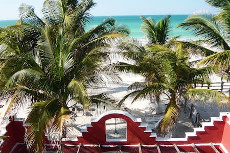 Beachfront Penthouse Hacienda Cuyo - El Cuyo