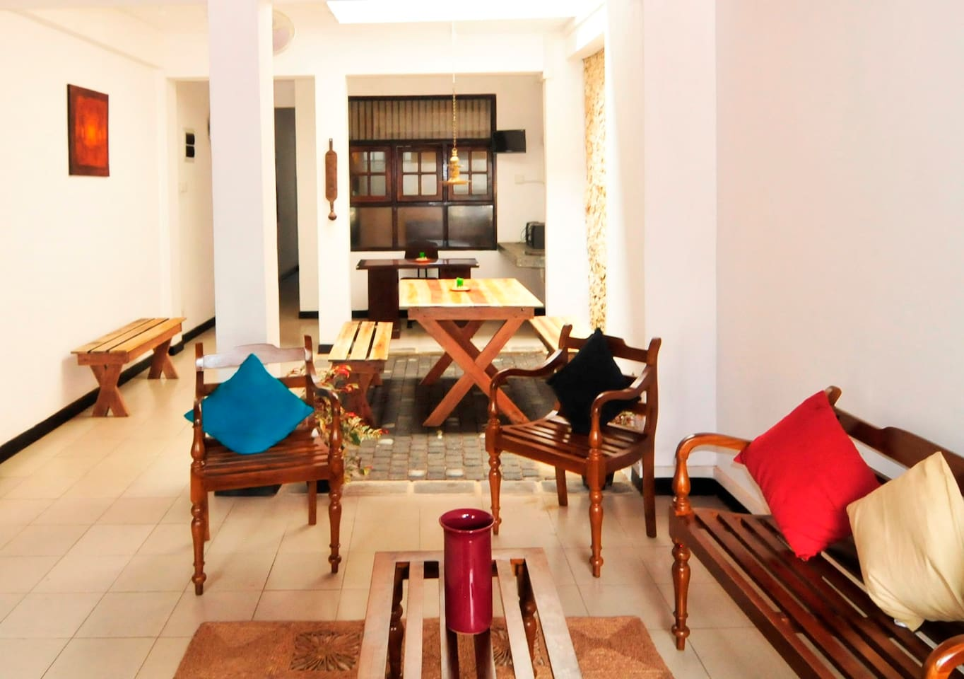 Lounge area to relax in the company of friends/family