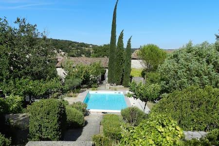 Tourmaline: stunning stone villa - Haus