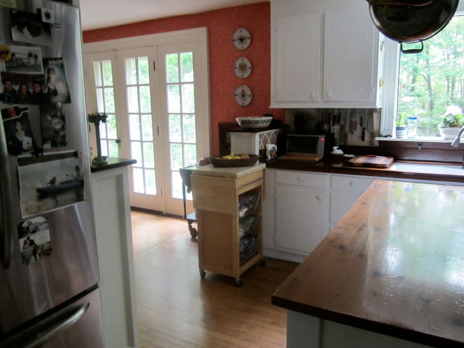 Kitchen is fully equipped for guests who enjoy cooking