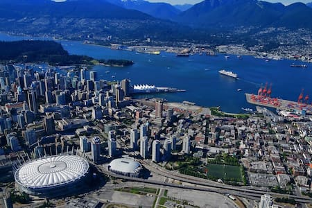 Luxury Penthouse 30th Floor View! - Vancouver - Apartment