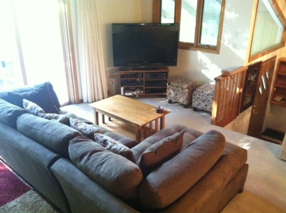Living Room, TV