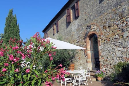 Acasa: a house for 10 in Tuscany's heart - Guesthouse