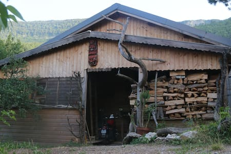 maison au naturel-lieu insolite-dépaysement assuré - Loteng