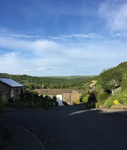 Luxurious countryside couples getaway, Sleeps 4 - Mytholmroyd