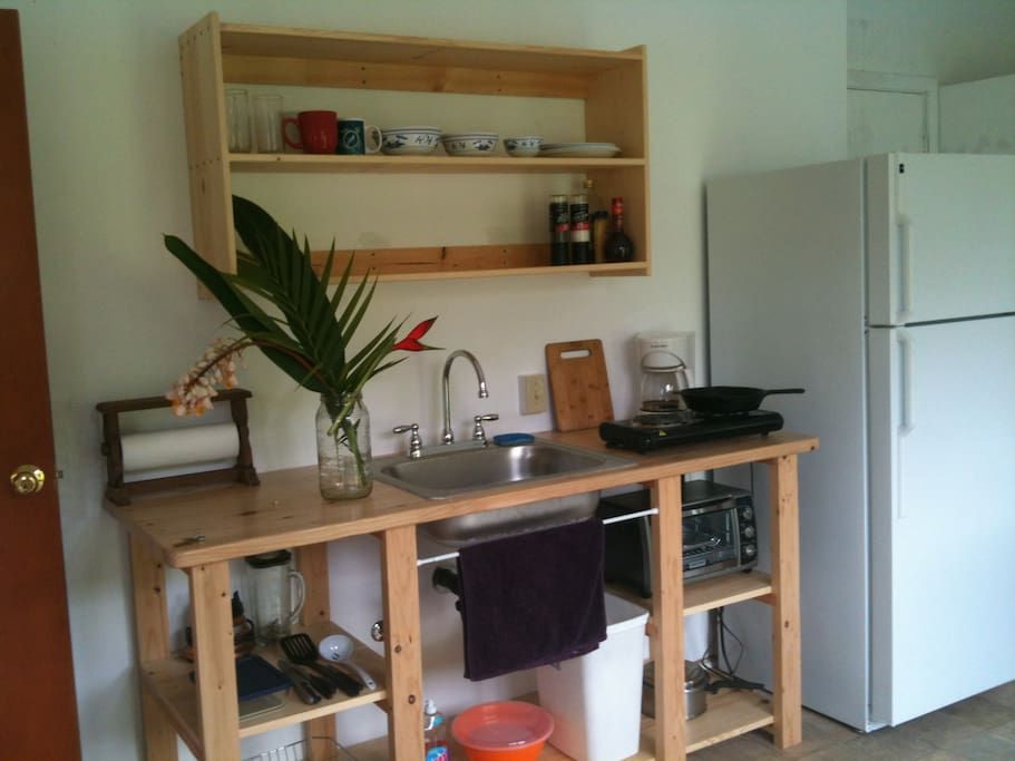 Your kitchenette, with everything you need to prepare great meals