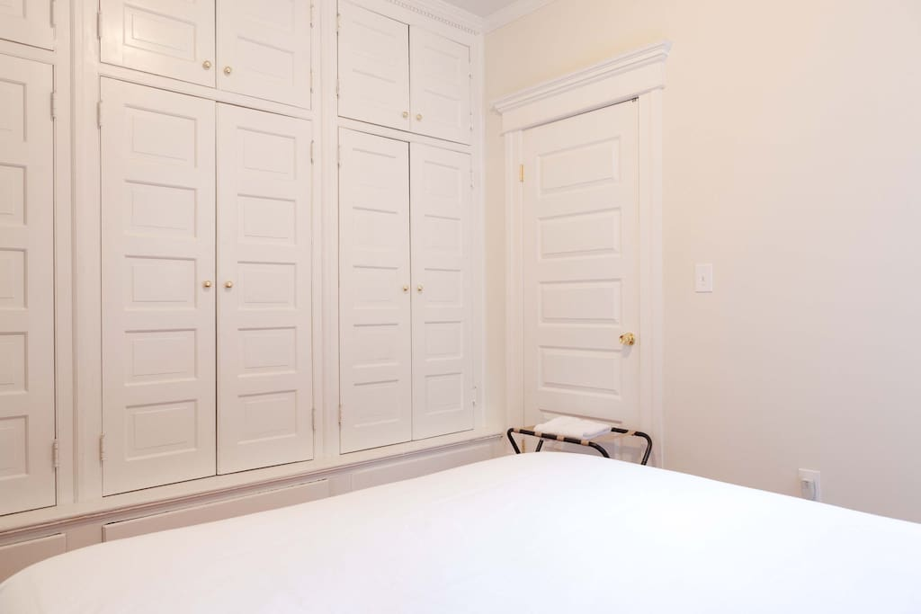 new10min NYC private room parkview3