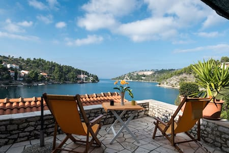 Come Enjoy Private Beach and Boat - Milna - Villa