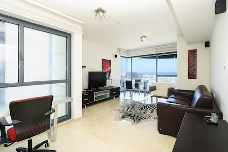 Luxury sea view suite above Marina - Wohnung