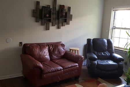 Downtown. Authentic AVL apt. Clean & Bright. - Asheville - Appartamento