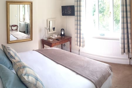 King bed room with private en-suite - House