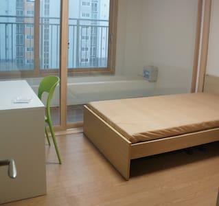 우산동 Room3 - Appartamento