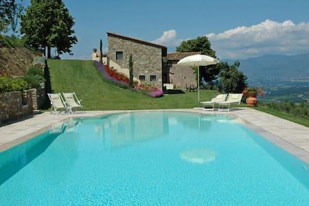 Villa in Toscana,Chianti,Firenze-Up to 8 pax - Cavriglia - House