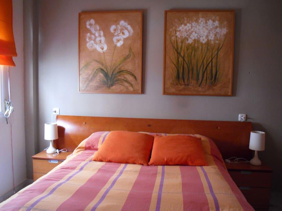 Dormitorio 1 / Bedroom 1 (Cama de matrimonio / Double bed)