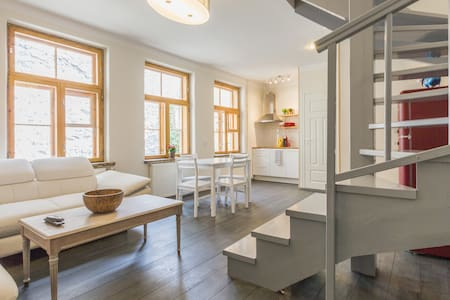 Fresh 2-Floor 2-Bedroom - Old Town - Tallinn - Apartment