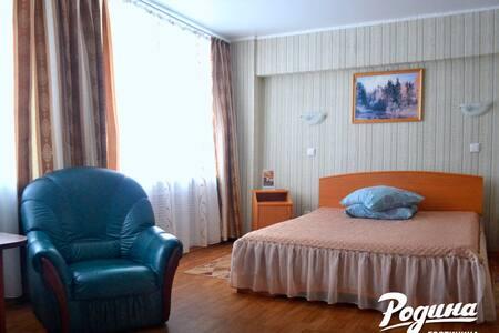 """Одноместный """"Полулюкс"""" с 2-сп. кроватью и диваном"""