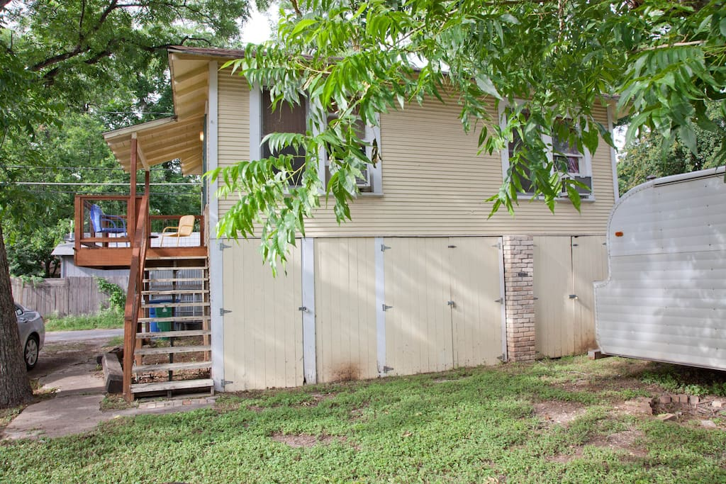 Tree House in East Austin!