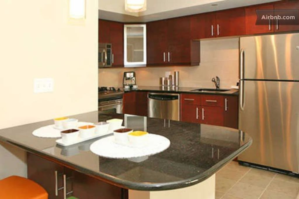 [1396-2] 2 BR at Newseum Residences