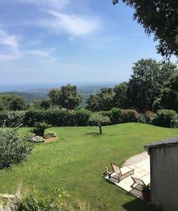 Mini villa dans propriété privée au calme - Sant'Andréa-di-Cotone - Haus
