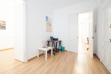 BarcelonaBnB - GOTIC best B&B - Barcelona - Apartment