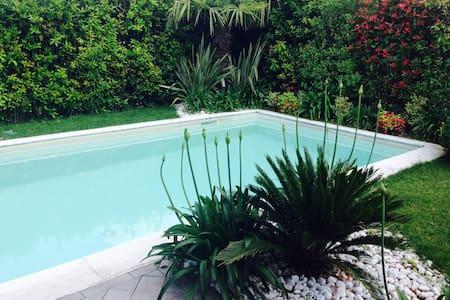 Villa with pool - Desenzano del Garda - Villa