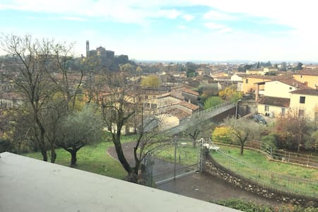 Charming,near historic centre,parking - Castiglione delle Stiviere - Villa