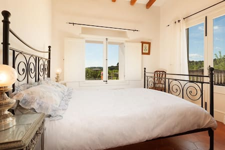 Double room with views with ensuite and terrace - Caimari  - Bed & Breakfast