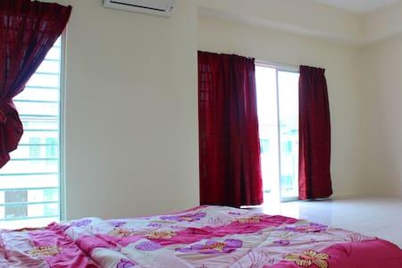 Penang House Rent Semi D - Villa