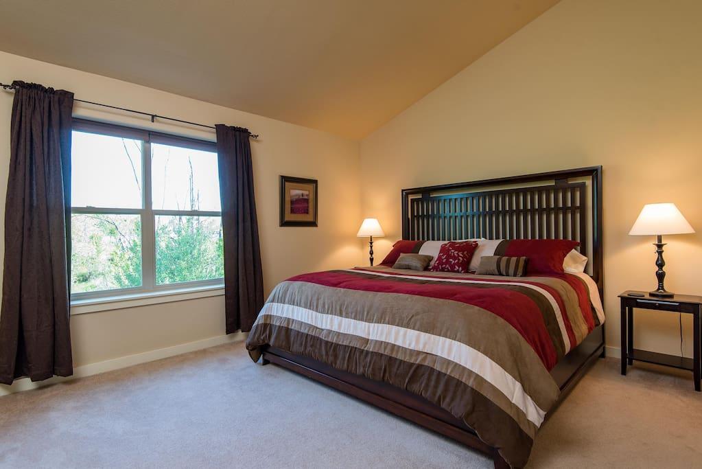 King bedroom overlooks the wetland