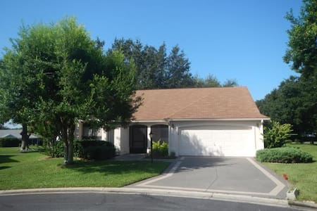 617467 - Santiago Ct 604 - Lady Lake - Andre