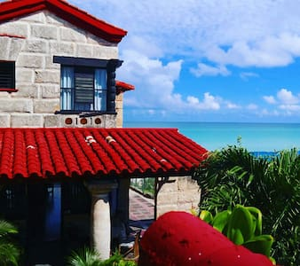 Tropical Beach House in Varadero - Cuba - Varadero - House