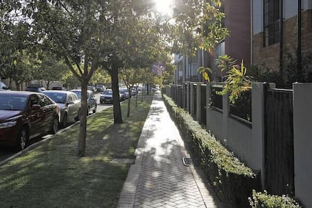 3br Apartment Best in Perth, Family Friendly - Apartment