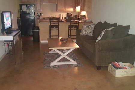 Great 1br1bth 3min to the beach NEW - Orange Beach - Apartment