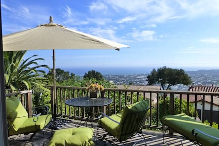 Gorgeous Riviera Studio with VIEWS - Santa Barbara - House