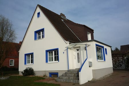 45 sqm apartment, quiet and central - Stockelsdorf