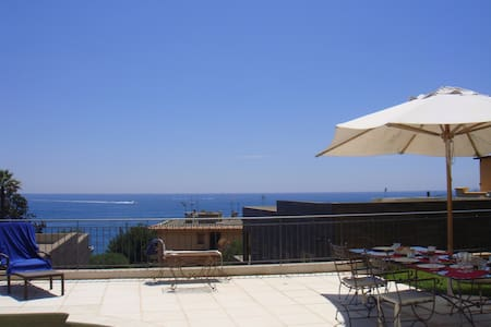 Ideal Holiday Location, great view  - Èze - Villa