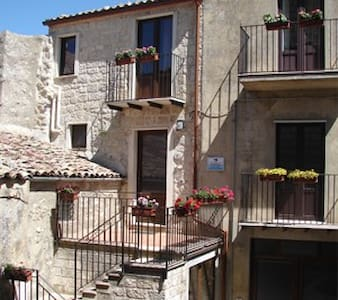 B&B - La Scaletta di Petra - Bed & Breakfast