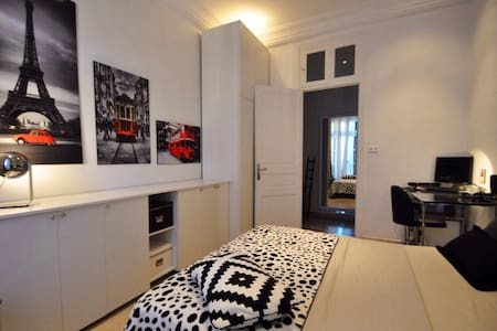 PRIVATE ROOM IN THE HEART OF TUNIS - Tunis - Apartment