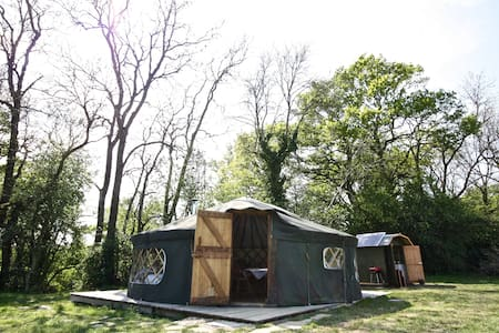 'Willow' Yurt - Yurta