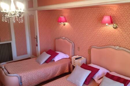 chambre familiale pour 3 personnes - Bed & Breakfast
