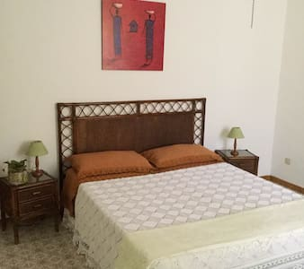 Low cost mediterraneo in Villa! - Bed & Breakfast