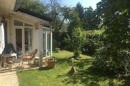 House & garden - quiet - 100m2 - Casa