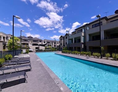 Resort style living - Apartemen