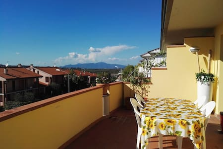 Sunset terrace apartment - Peccioli