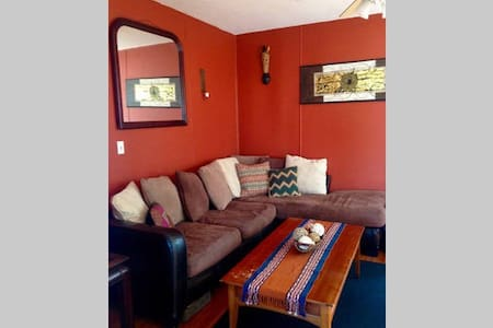 One Bedroom Apt in Black Rock - Apartamento