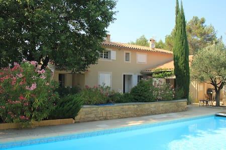 Charming Villa cl. Avignon/Ventoux - Mazan