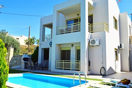 Villa Eleni pool&seaview 10% OFF FOR EARLY BOOKING - Tavronitis - Villa