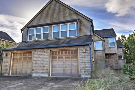 3BR Pacific City Townhome - Near the Beach! - Cloverdale - Townhouse