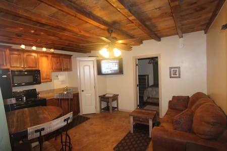 Kanab Villa - Near Grand Cyn, Zion, Best Friends - Kanab - Pis