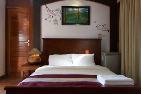 Villa Tidina- R107 with Sea- View - Bed & Breakfast